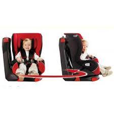 Cum sa oferi siguranta si comfort copilului inca din primele luni